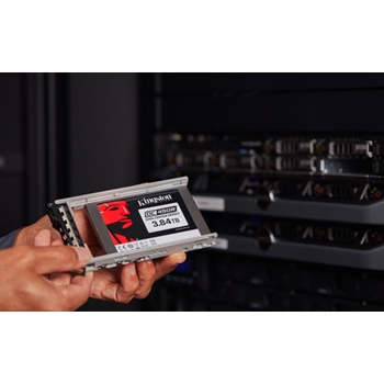 "Kingston Technology DC450R 2.5"" 3840 GB Serial ATA III 3D TLC"